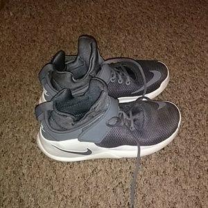 Nike Kwazi Basketball shoes